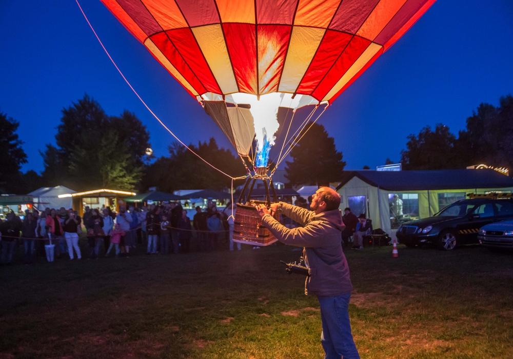 Wenn das Wetter stabil bleibt, können am heutigen Sonntag auch die Ballons steigen. Fotos: Rudolf Karliczek