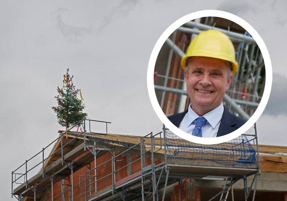 Landrat Thomas Brych blickt zufrieden auf das Millionenprojekt des Schulzentrums Vienenburg. Foto/Video: Alexander Panknin