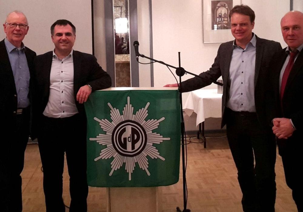 Philip Karre, Christos Pantazis, Christoph Bratmann und Dietmar Schilff (v. li.). Foto: SPD