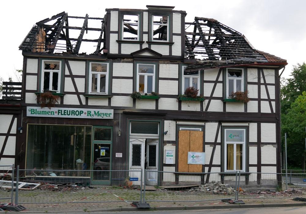 Das Haus wurde durch die Flammen im Dezember völlig unbewohnbar zurückgelassen. Foto: Alexander Panknin