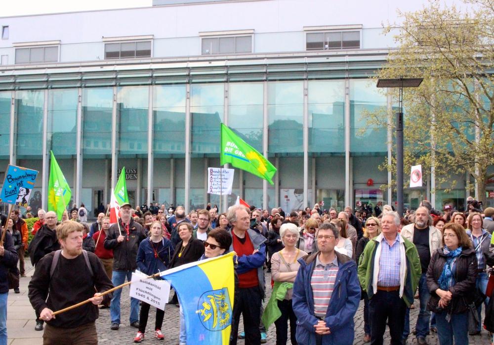 Das Bündnis gegen Rechts trifft sich am Samstag zu einer Kundgebung. Symbolfoto: Archiv