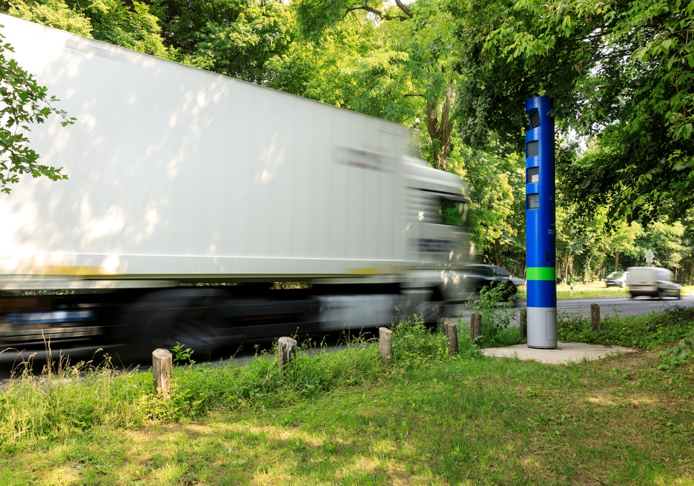 Seit heute steht auch die erste Säule im Landkreis Helmstedt. Symbolfoto: Toll Collect/Ittermann