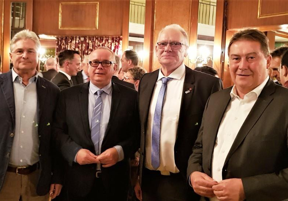 Die CDA mit (v. l.) Herbert Theissen, Andreas Meißler, Reiner Jahns und Uwe Lagosky berät über die Hausärzte-Initiative. Foto: CDA