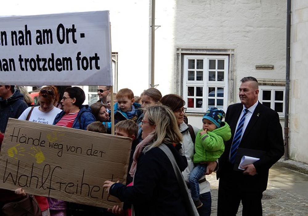 Die AfD machte sich vor Ort ein Bild. Foto: AfD
