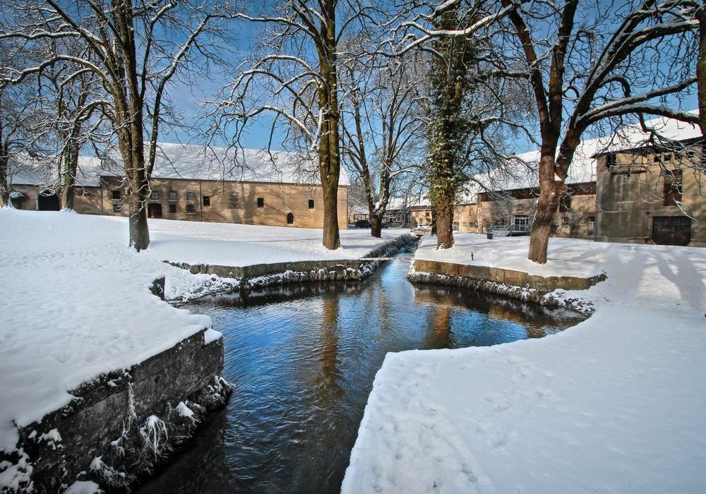 Am 2. und 3. Dezember wird das Rittergut Lucklum seine Tore für den Adventsmarkt öffnen. Foto: