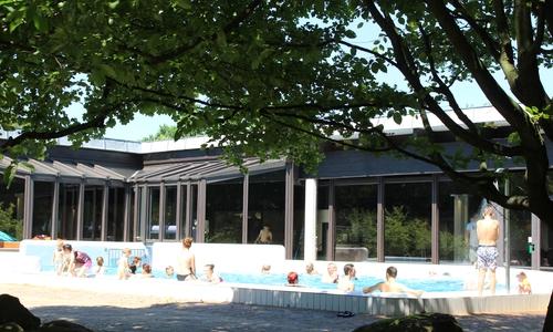 Der Außenbereich im Gliesmaroder Bad
