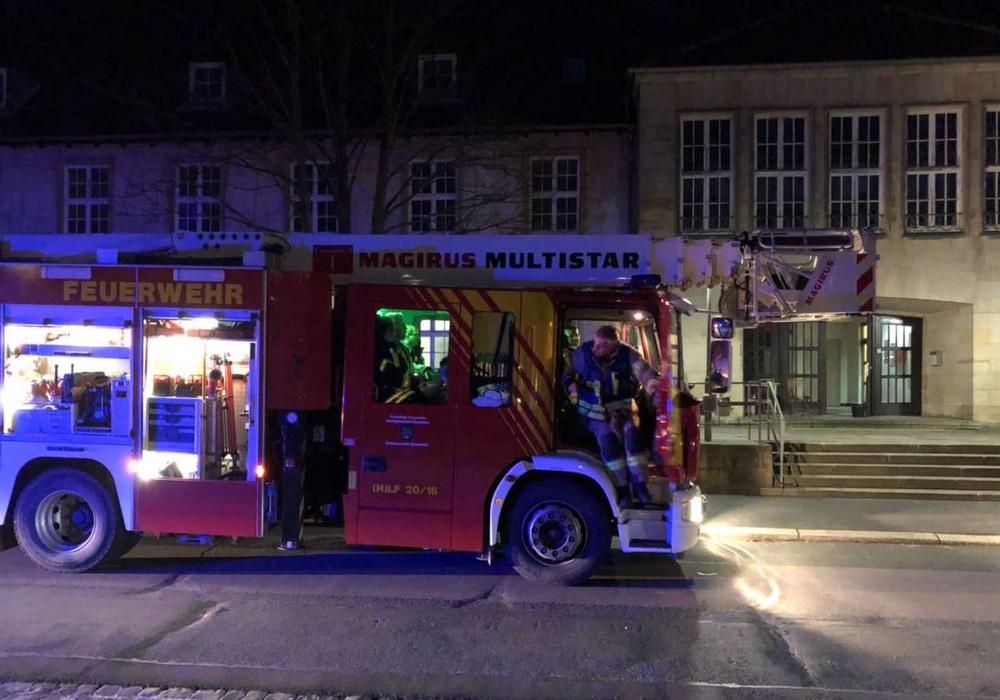 Die Feuerwehr wurde alarmiert - angebranntes Essen hatte den Rauchmelder ausgelöst. Foto: Feuerwehr Grasleben