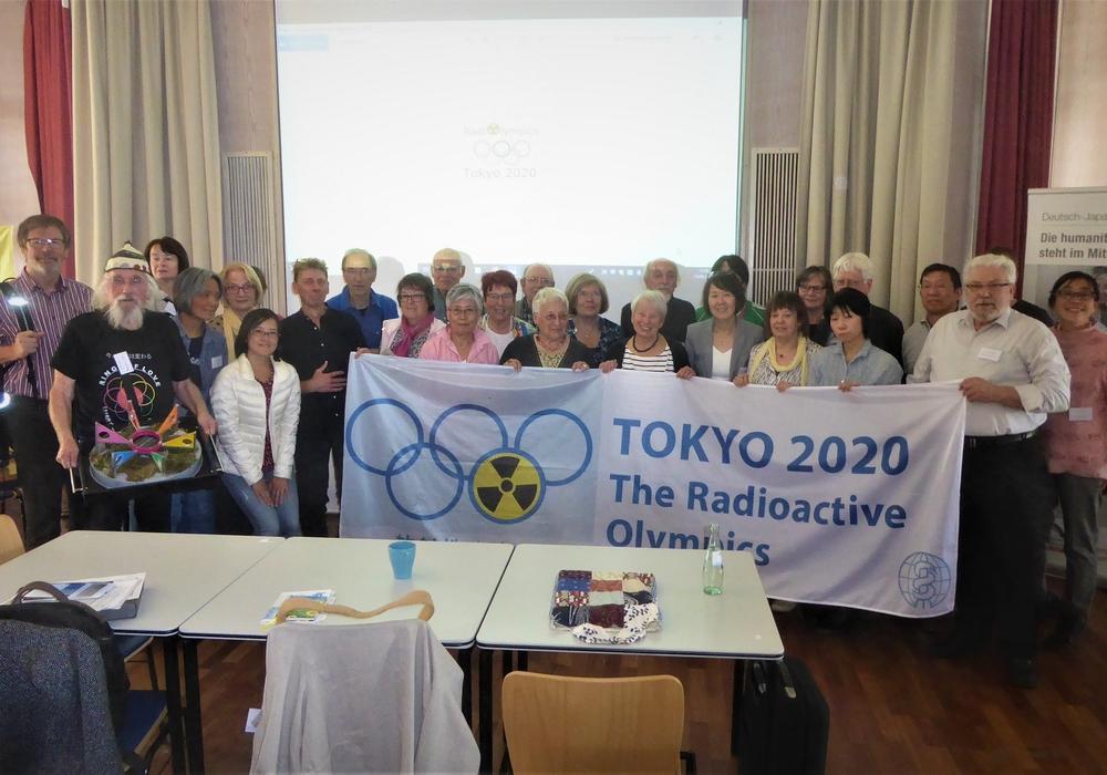 Deutsch-Japanische Konferenzgruppe nach Verabschiedung der Abschlusserklärung. Fotos: Paul Koch