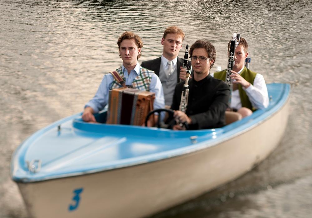 Faltenradio bestehen aus klassisch ausgebildeten Musikern. Foto: Band/Lukas Beck