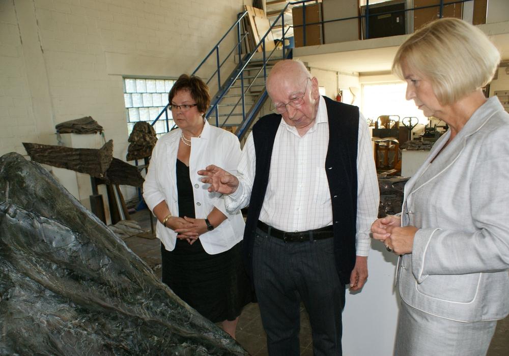 Die Stadt Wolfenbüttel soll sich an einer Ausstellung des Wolfenbütteler Künstlers Emil Cimiotti in Hannover beteiligen. Foto: Anke Donner