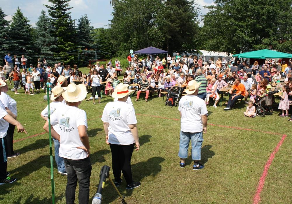 Die Tanzgruppe der Lebenshilfe wird beim Sommerfest auf dem Außengelände der Werkstatt auftreten. Foto: Lebenshilfe