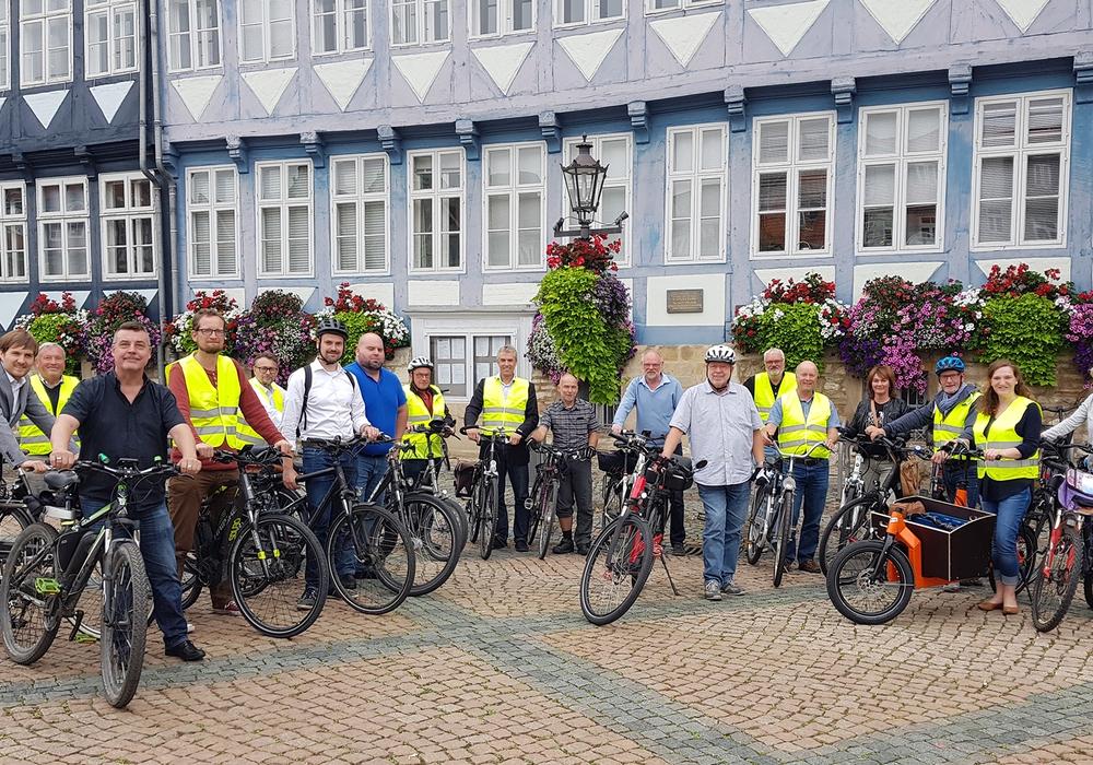 Los ging es am Stadtmarkt. Fotos: Stadt Wolfenbüttel