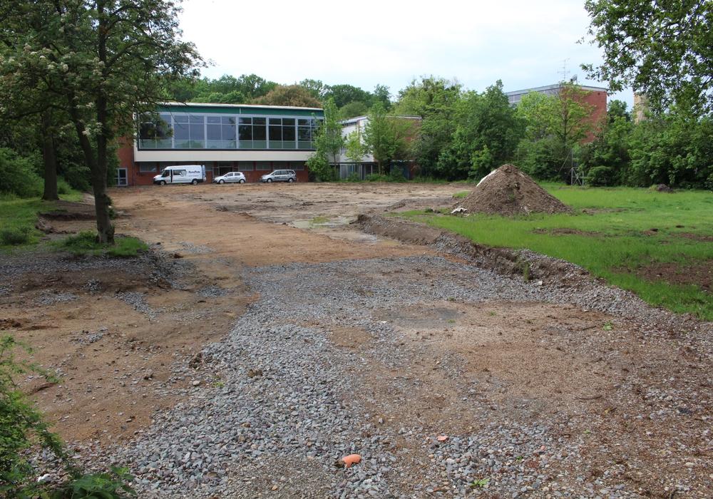 Harald Vespermann plant auf dem Gelände der ehemaligen Gerhart-Hauptmann-Schule ein neues Bauprojekt. Foto: Julian Bergmeier