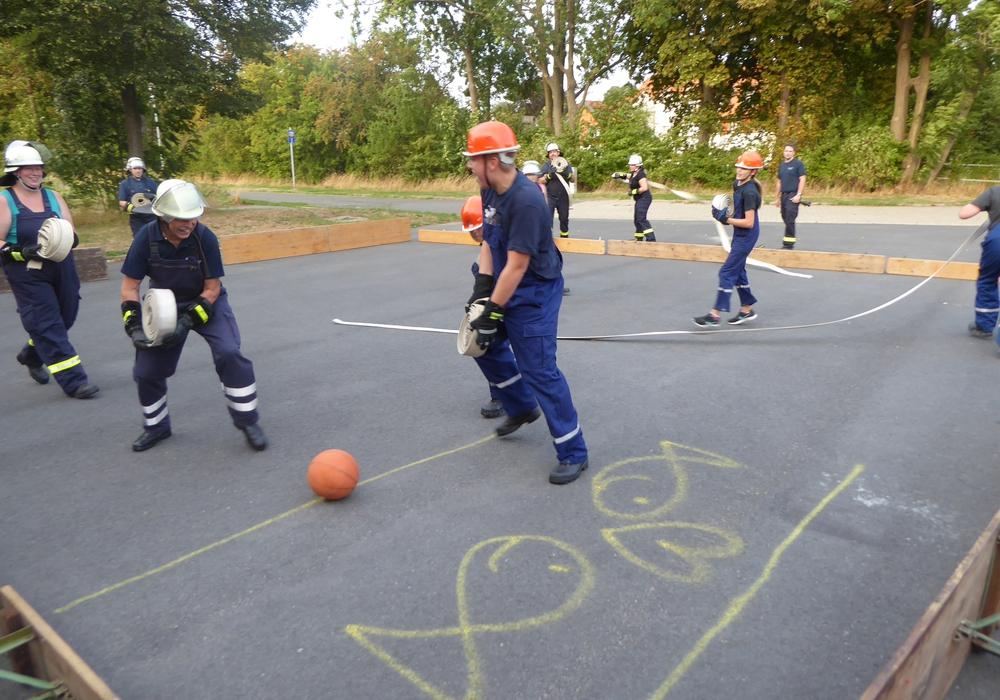 Viel Spass beim Schlauchball. Foto: S.Hauptstein