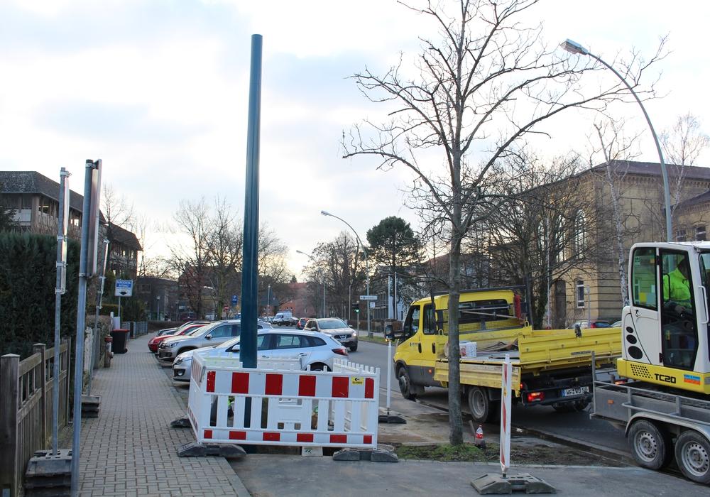 Im Rosenwall wurde ein Rohr zur Belüftung des Schmutzwasserkanals installiert. Foto: Jan Borner