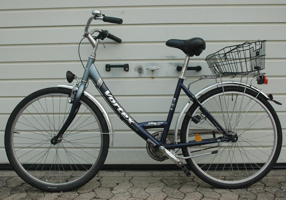 Der Besitzer dieses Fahrrads wird gesucht. Foto: Polizei Vechelde
