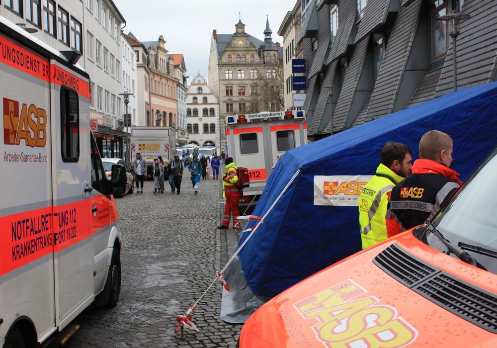 Am Altstadtmarkt war einer der Behandlungsplätze. Foto: ASB