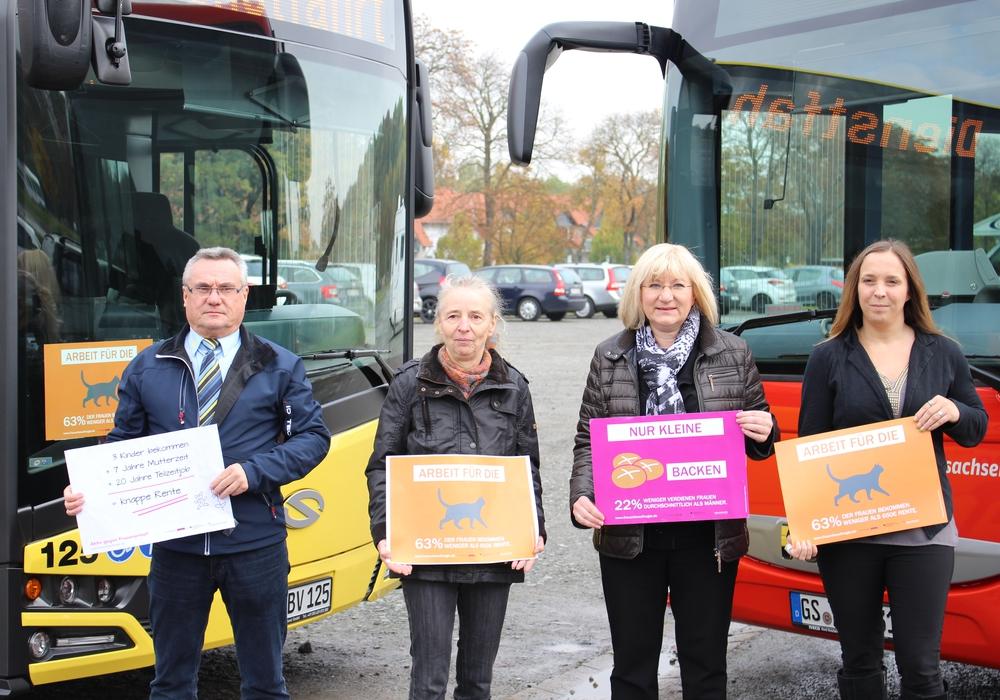 Die Gleichstellungsbeauftrage Vera Tietz (zweite von rechts) machte im letzten Jahr unter anderem auf Frauenarmut aufmerksam. Foto: Nino Milizia