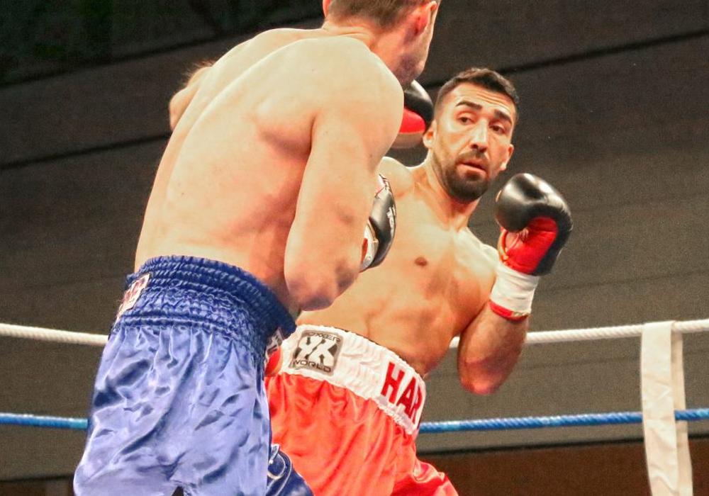"""Harun Sipahi ist Initiator und Organisator der """"Peiner Fight Night"""". Foto: Vollmer"""