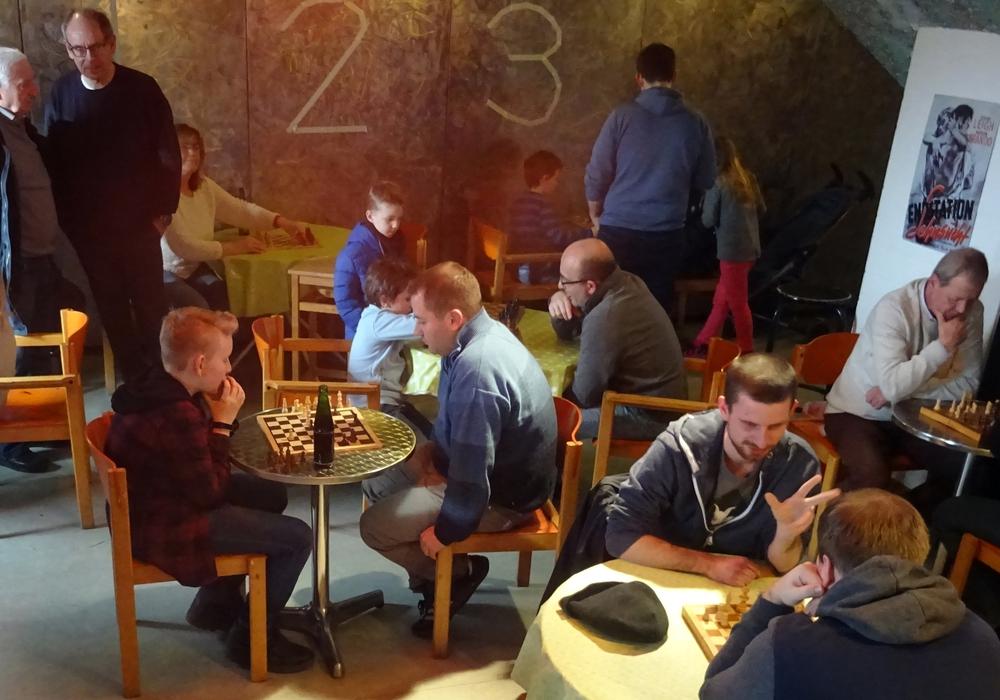 In Vechelde wurde wieder Schach gespielt. Foto:Johannes Zimmermann