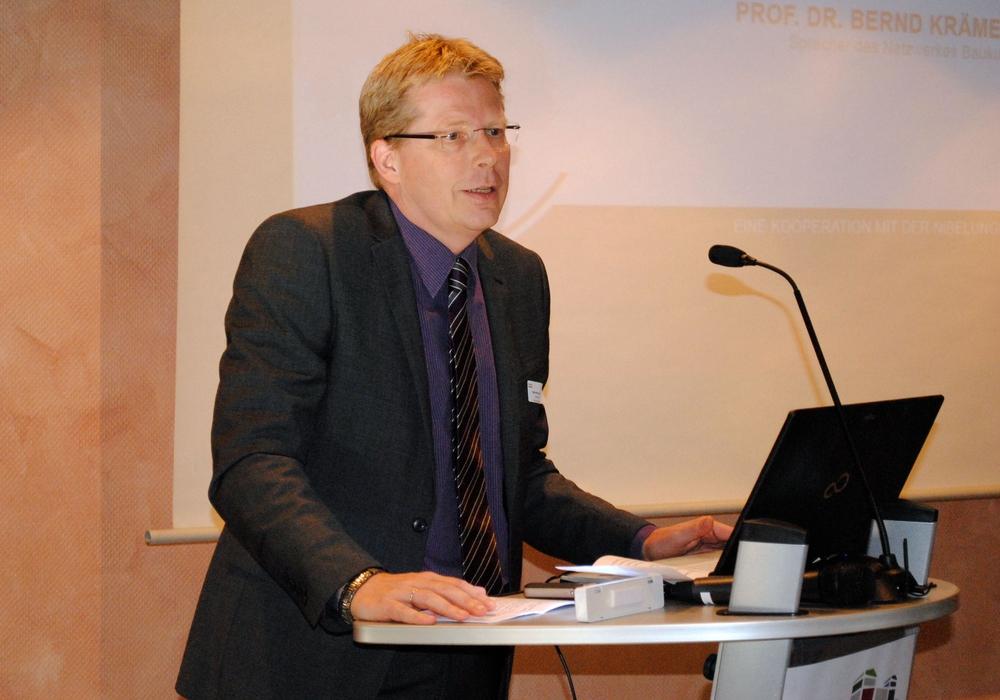 Stadtbaurat Heinz-Georg Leuer stellte in der letzten Ratssitzung einige Aussagen klar, die in den Medien missverständlich wiedergegeben wurden. Foto: Archiv/Sina Rühland