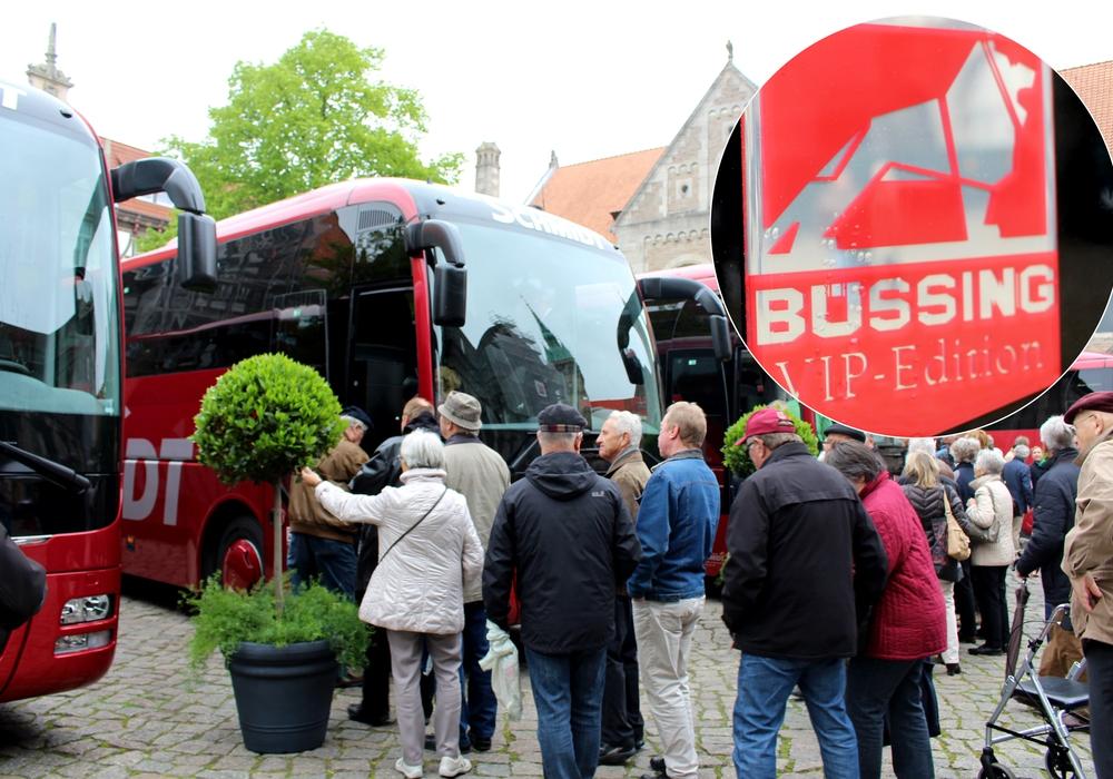 Im Anschluss der Bustaufe konnten sich interessierte Gäste ein Bild von der neuen Buslinie machen. Fotos: Nick Wenkel