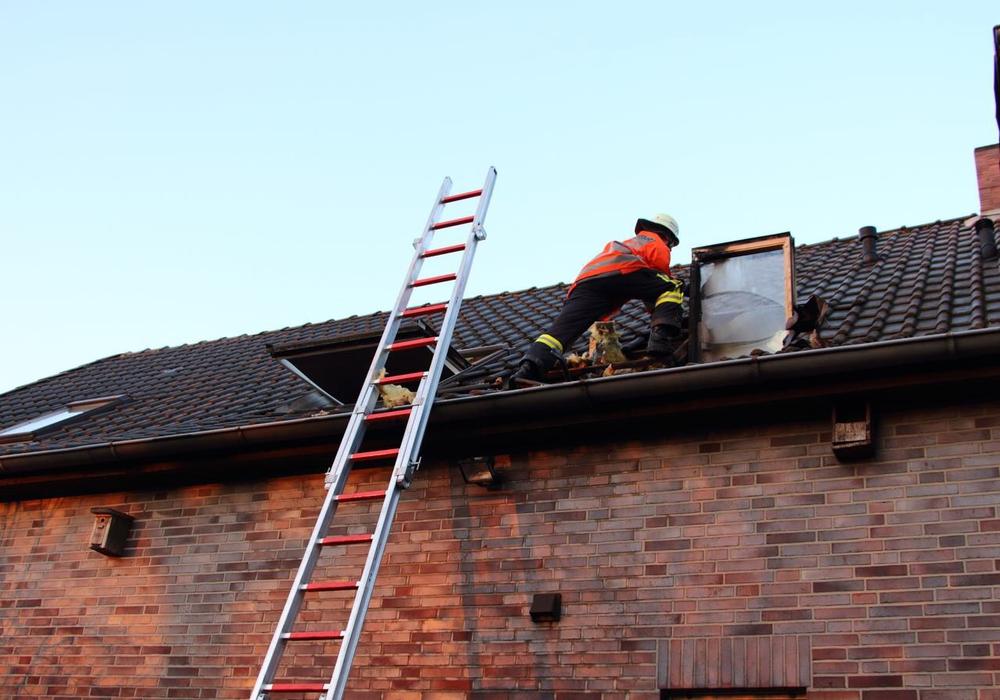 In Altendorf musste die Feuerwehr gestern für einen Wohnungsbrand ausrücken. Foto: Hawellek/Kreispressestelle