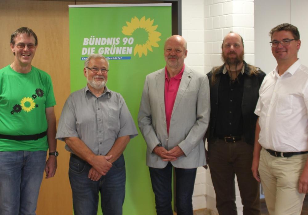 Lutz Seifert, Hilmar Nagel, Hans-Josef Fell, Heiko Hilmer und Alexander Heidebroek bei der Informationsveranstaltung. Foto: Privat