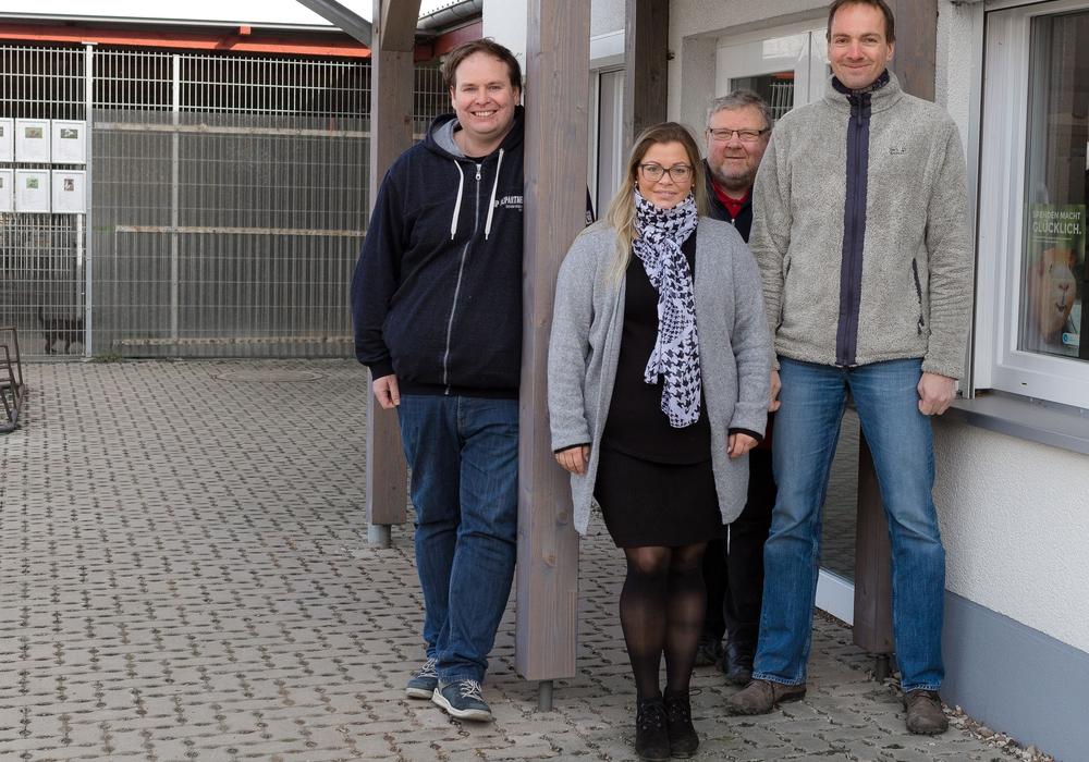 Der neue Vorstand des Tierschutzvereins: Benjamin Kozlowski, Inga Gröschler, Thomas Kühnemann und Adrian Maas. Foto: Daniela Schmidt