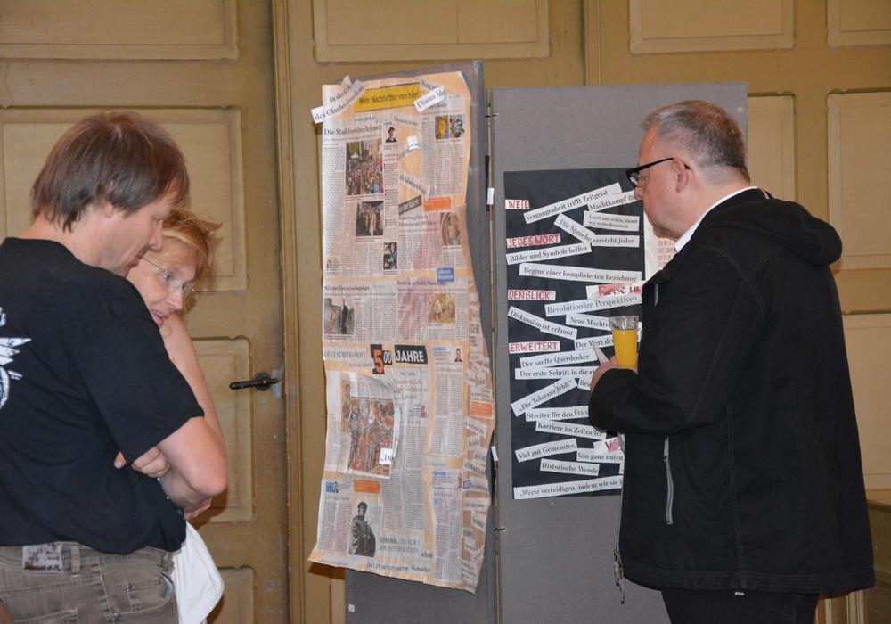 Mit Tinte und Herzblut geschrieben – Schriftkunst im Gotteshaus. Fotos: Kirchenkreis Peine