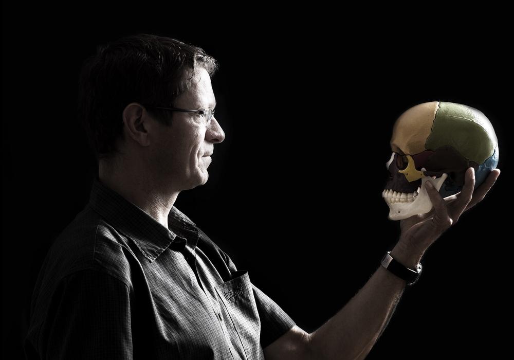 Neurobiologe Prof. Dr. Martin Korte erklärt, wieso bei hohen Temperaturen die Leistungsfähigkeit des Gehirns nachlässt. Foto: privat, Podcast: Sandra Zecchino