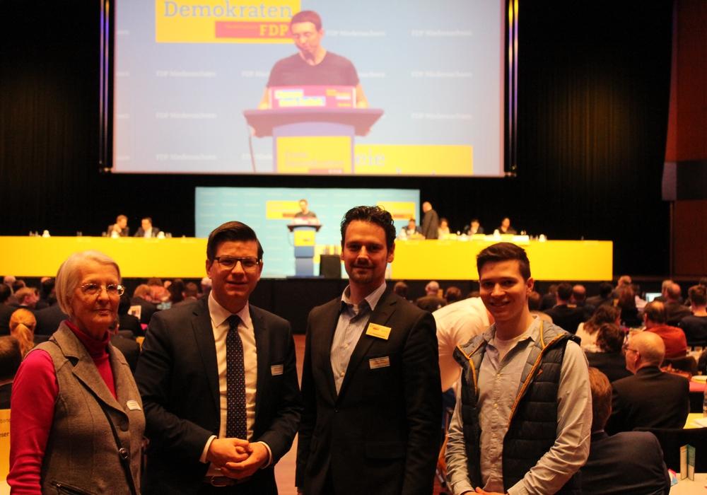 Von links: Aus Wolfenbüttel nahmen Gunda Reichenbach, Björn Försterling, Pierre Balder und Max Weitemeier am Landesparteitag in Braunschweig teil. Foto: Ingo Schramm