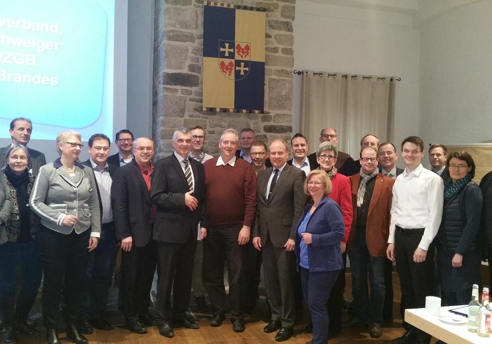 Mitglieder des CDU-Landesvorstandes, in der Mitte Landratskandidat Dr. Burkhardt Budde (Peine), Peter Link, Frank Oesterhelweg und Landratskandidat Gerhard Radeck (Helmstedt). Foto: Privat