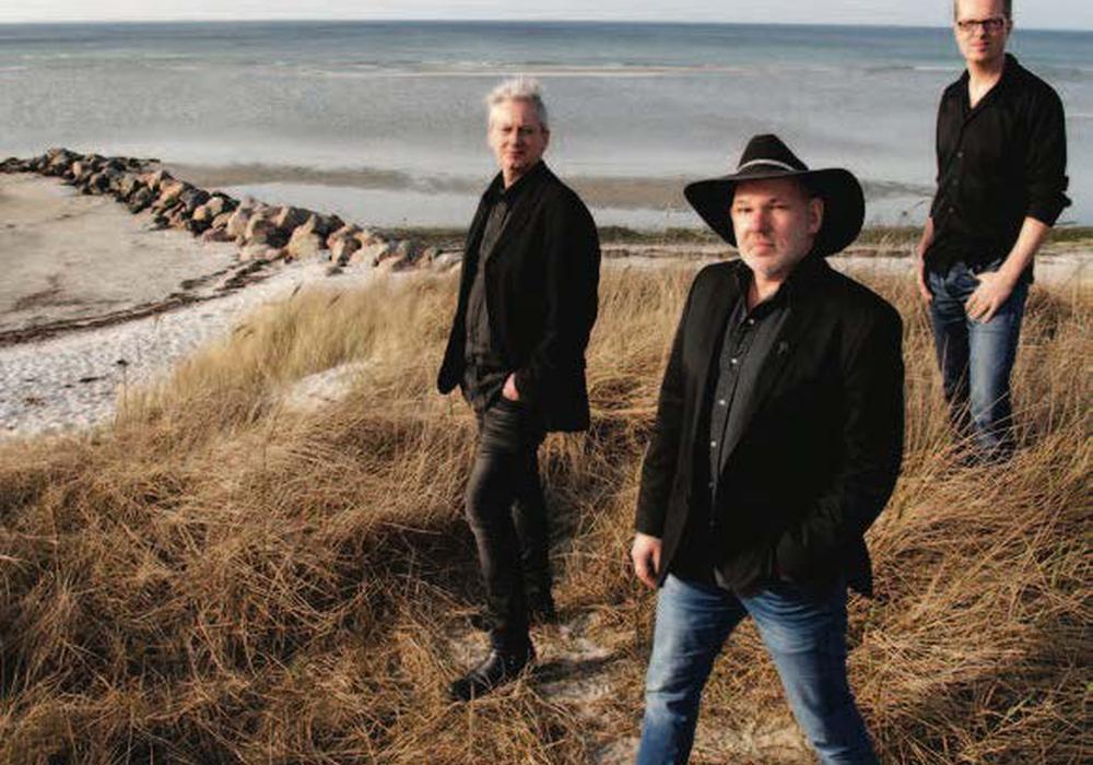 Georg Schroeter, Marc Breitfelder und Tim Engel spielen in der Kommisse. Foto: Veranstalter