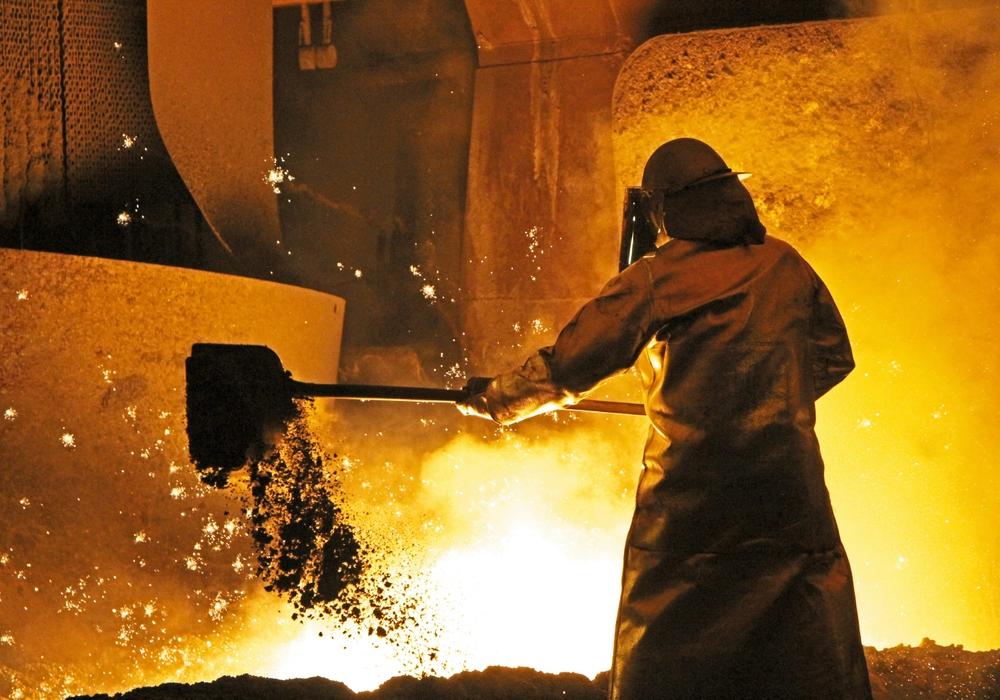 Arbeiten im Stahlwerk. Foto: Salzgitter AG