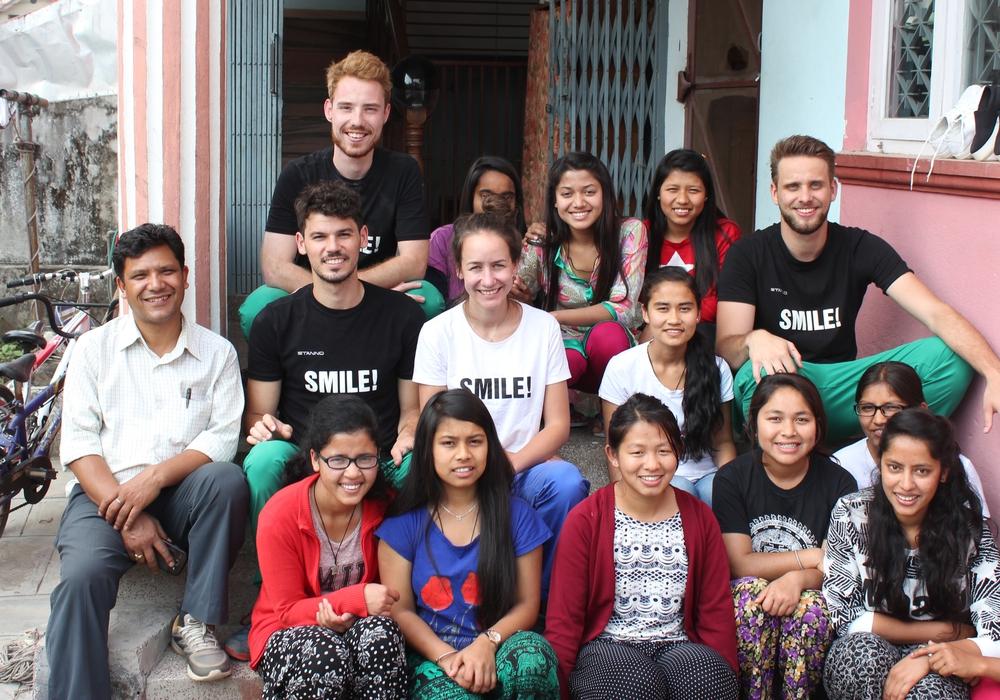 United Smile beim ersten Hilfseinsatz in Nepal. Fotos: privat