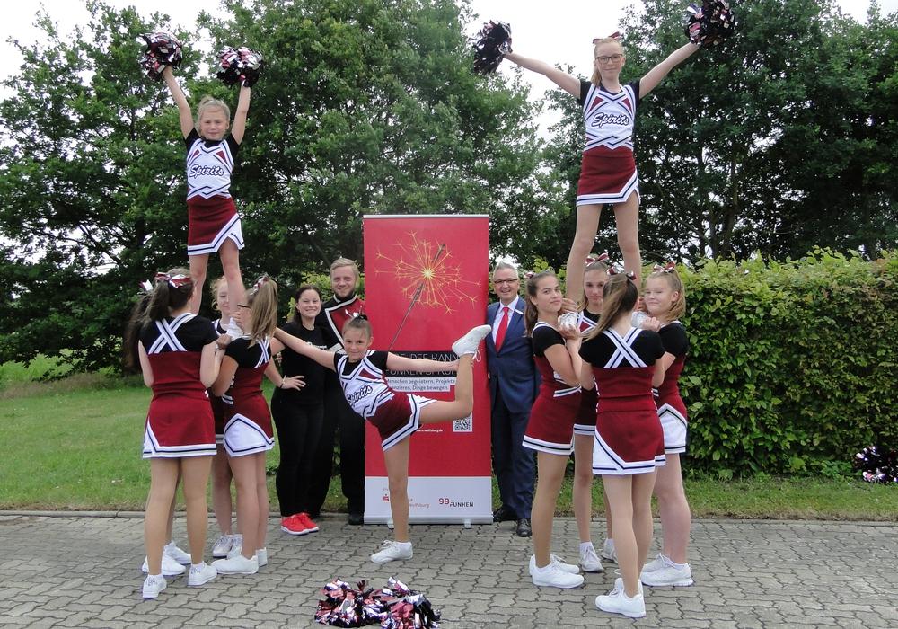 Strahlende Gesichter gibt es bei den Cheerleadern Funky Spirits. Foto: Sparkasse Gifhorn-Wolfsburg
