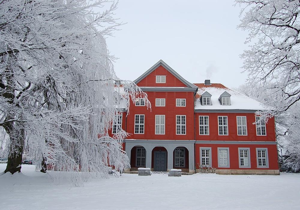 Sicktes Bürgermeister Marco Kelb soll einen Käufer für das Herrenhaus Sickte finden. Foto: Samtgemeinde Sickte