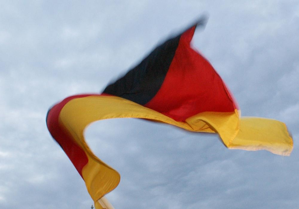 Goslar. Deutschland steht am heutigen Donnerstagabend im Halbfinale der Fußball-Europameisterschaft. Um 21 Uhr heißt es im Stade Velodrome in Marseille Anpfiff. Deutschlands Elf triff auf die Franzosen. Foto: Anke Donner