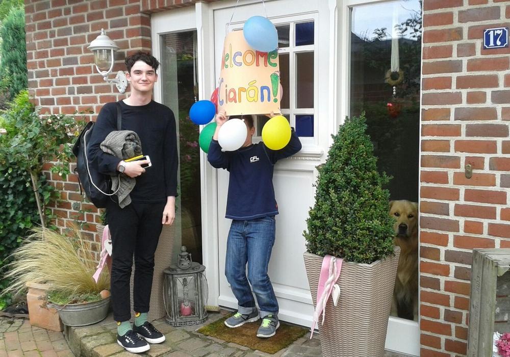 """Wer kann und möchte, so wie hier für Ciarán, sein """"Heim und Herz"""" für einen Gastschüler öffnen? Foto: GIVE e.V."""