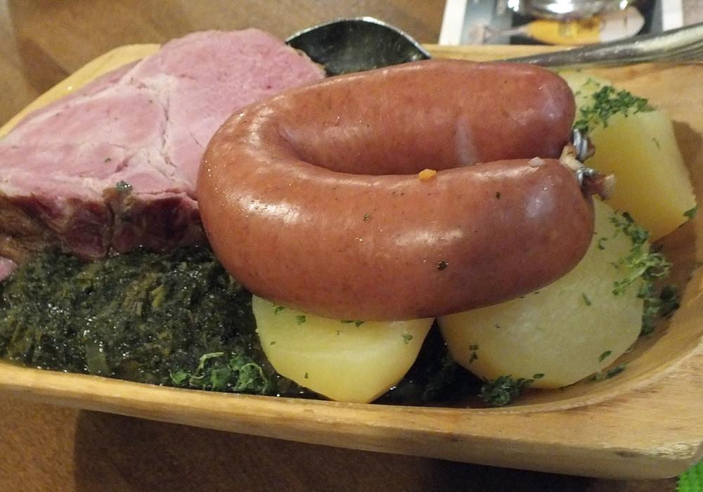 Braunkohlmahlzeit im Juliusbad-Restaurant. Foto ADAC