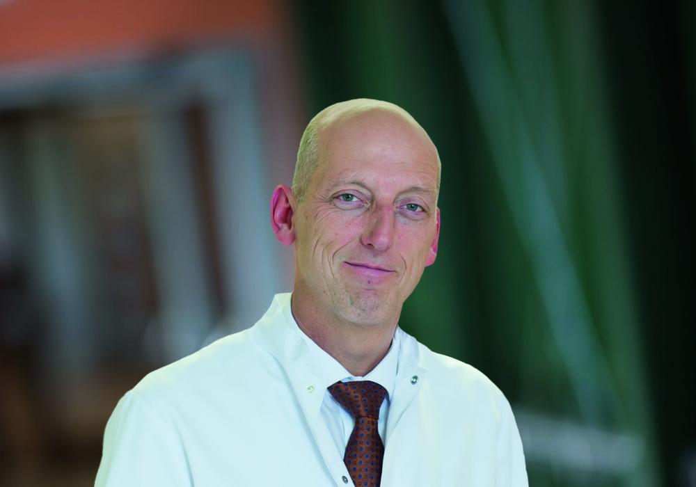 Prof. Dr. Heller, Chefarzt im Herzog Elisabeth Hospital. Foto: Klinikum Braunschweig
