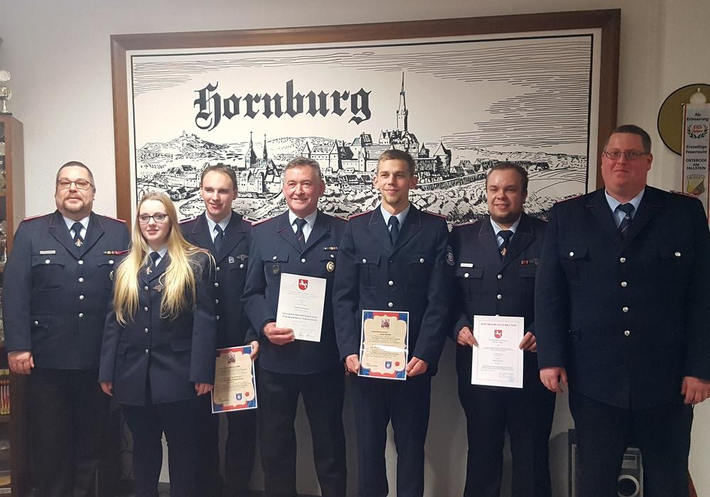von links: Thilo Linke, Lissa Wölfer, Patrick Söhlke, Ulrich Neumann, Lasse Karlson, Dennis Meyer und Peter Bartels. Foto: Luisa Schneemilch
