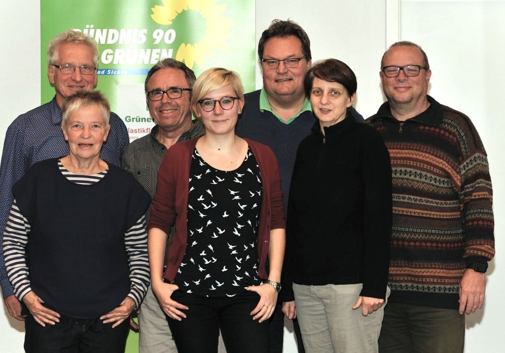 Mandatsträger beim Grünen Dialog zum Plastikmüll (von links): Holger Barkhau, Christiane Wagner-Judith, Karlheinz Pfeiff, Imke Byl, Michael Boos, Maren Battenberg, Carsten Marowsky-Bree. Foto: Bündnis 90/Die Grünen