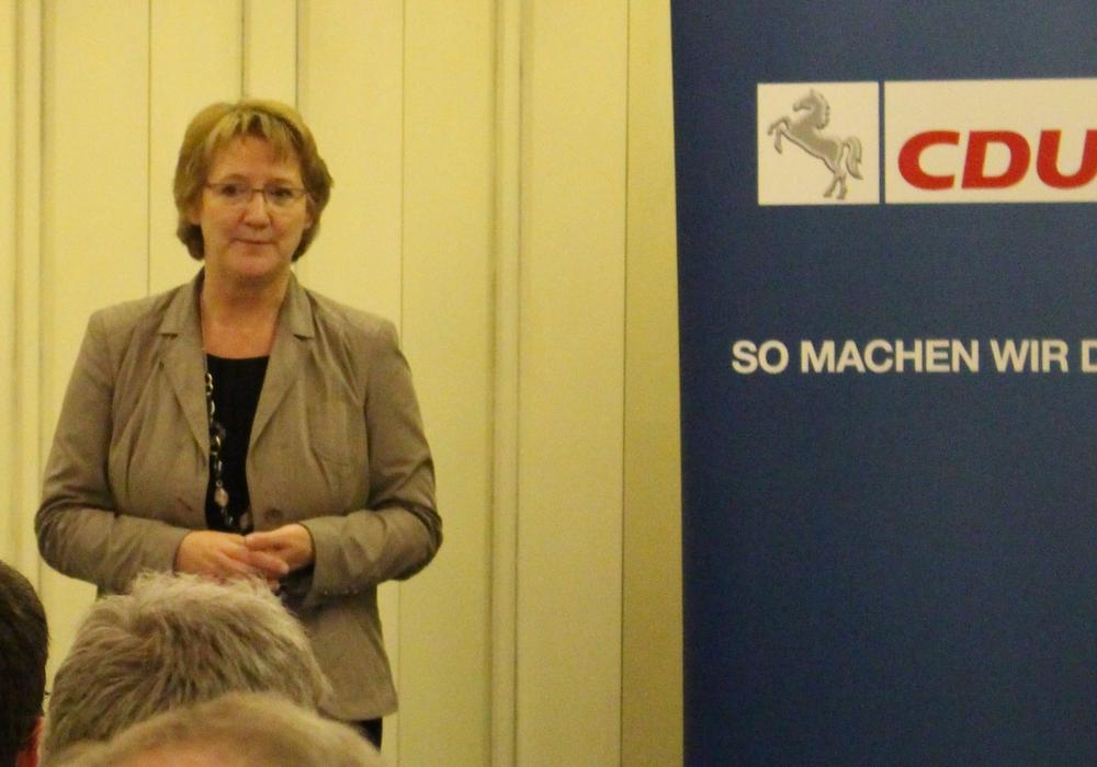 Die Bürger können sich für die Bundestagswahl noch aktiv in das Wahlprogramm der CDU einbringen, dazu fordert Ingrid Pahlmann auf. Foto: Frederick Becker