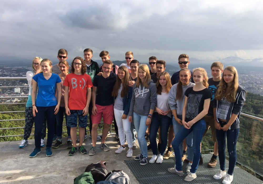 20 Schülerinnen und Schüler vom Gymnasium im Schloss verbringen mit drei Begleitern drei Wochen an der brasilianischen Partnerschule in Joinville, Santa Catarina. Foto: privat