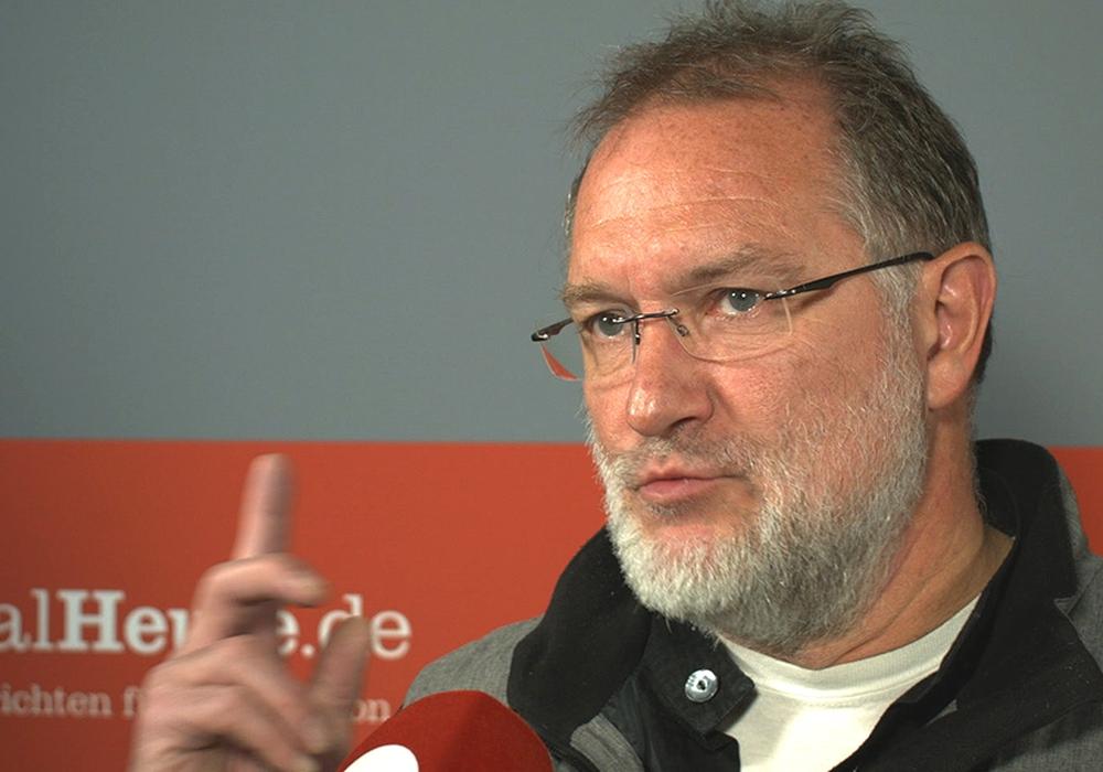 Peter Meyer nimmt nach der Wahl Stellung. Foto: Archiv/André Ehlers
