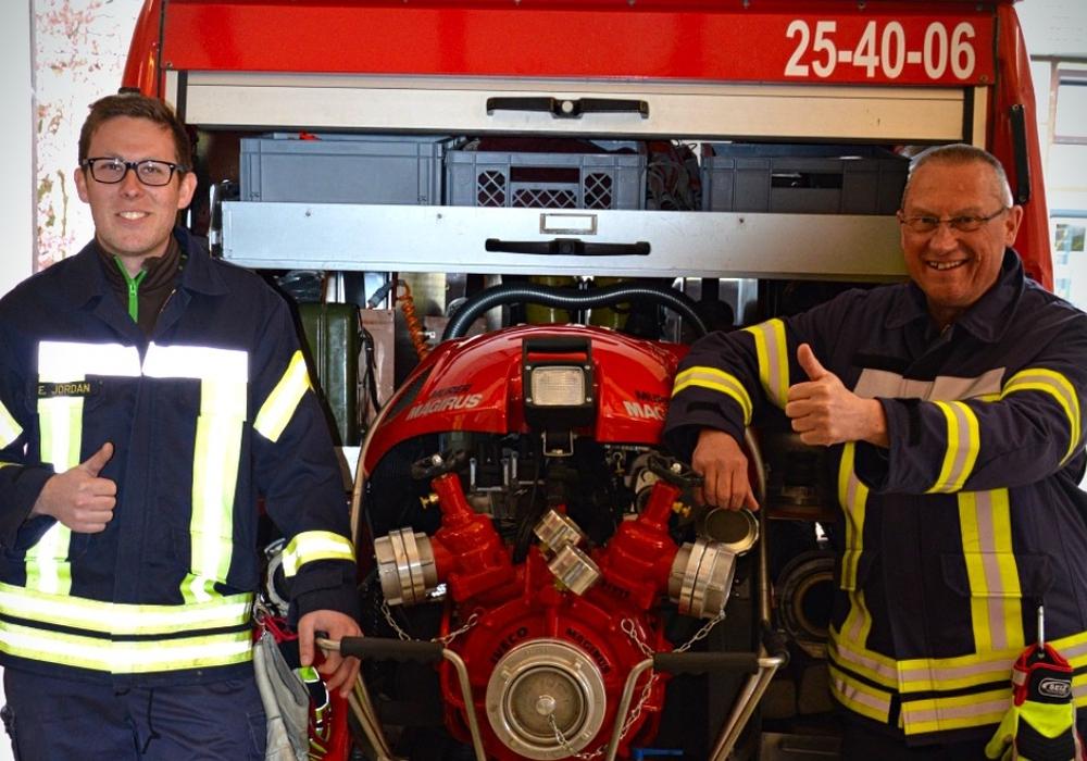 Eik Jordan und Heiko Brandes sorgen für mehr Flexibilität bei der FFW Hemkenrode. Foto: Privat