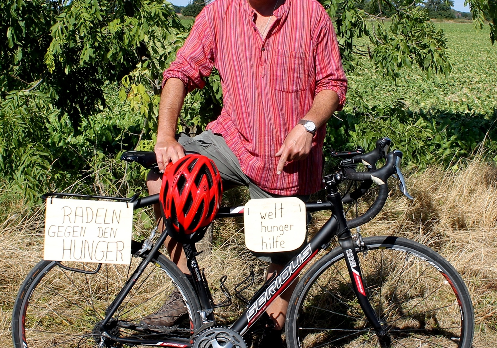 Stefan Temme radelt für die Welthungerhilfe. Foto: Ole-Christian Temme