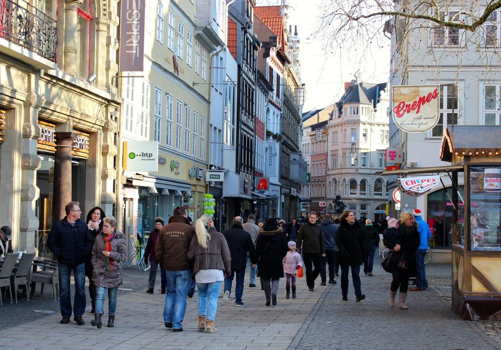Verkaufsoffene Sonntage beleben die Innenstädte. Doch bedeuten sie auch mehr Umsatz für den lokalen Einzelhandel? Archivbild